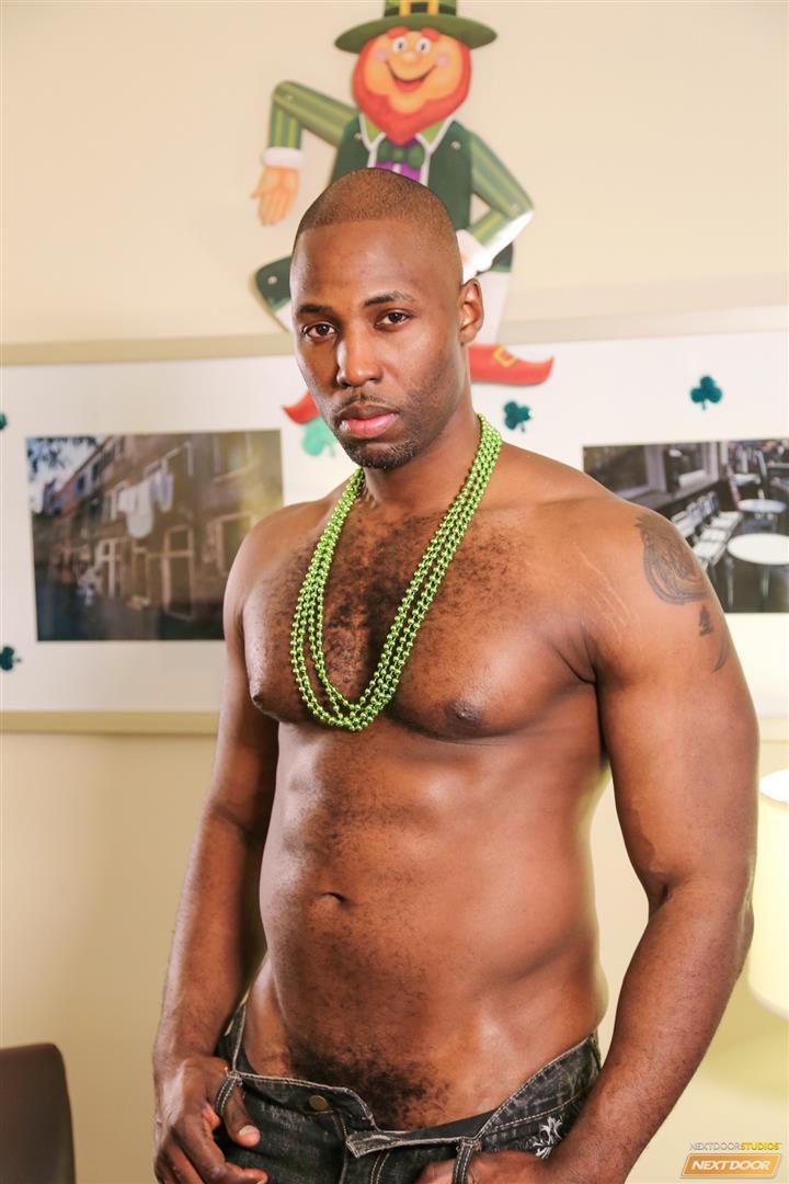 Next-Door-Ebony-Nubius-and-Jin-Powers-and-XL-Naked-Thugs-Threeway-Fucking-Amateur-Gay-Porn-01.jpg