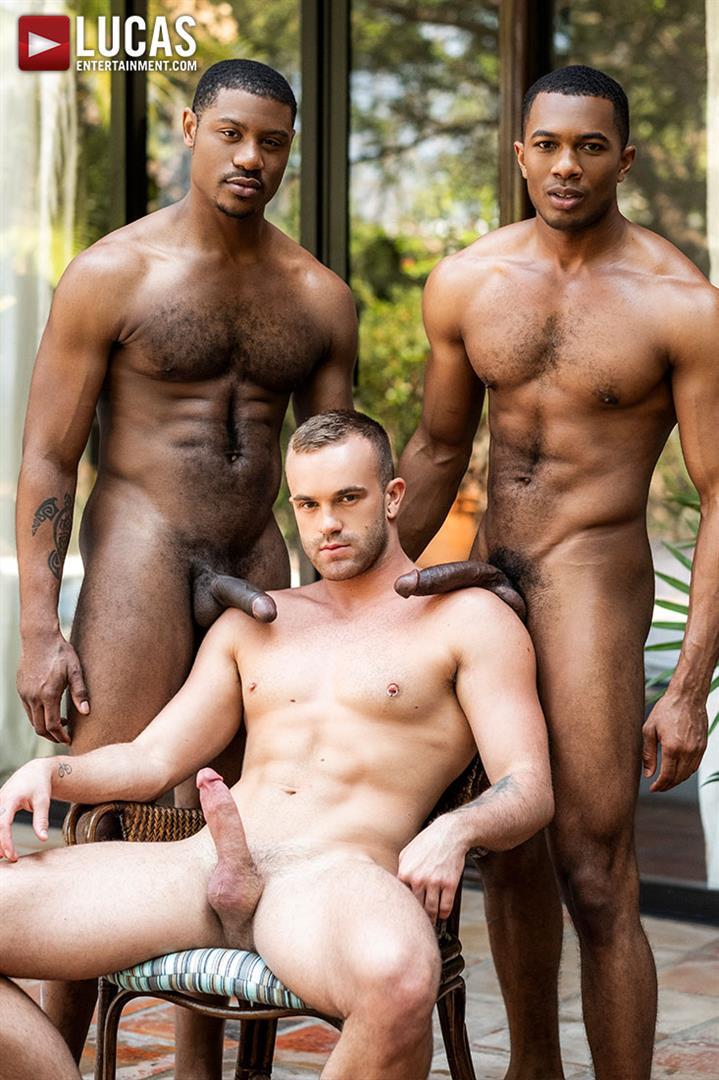 Lucas-Entertainment-Jackson-Radiz-and-Sean-Xavier-and-Adonis-Couverture-07 Jackson Radiz Gets A Double Dose Of Big Black Bareback Cock